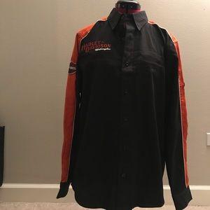 Men's button up Harley-Davidson shirt